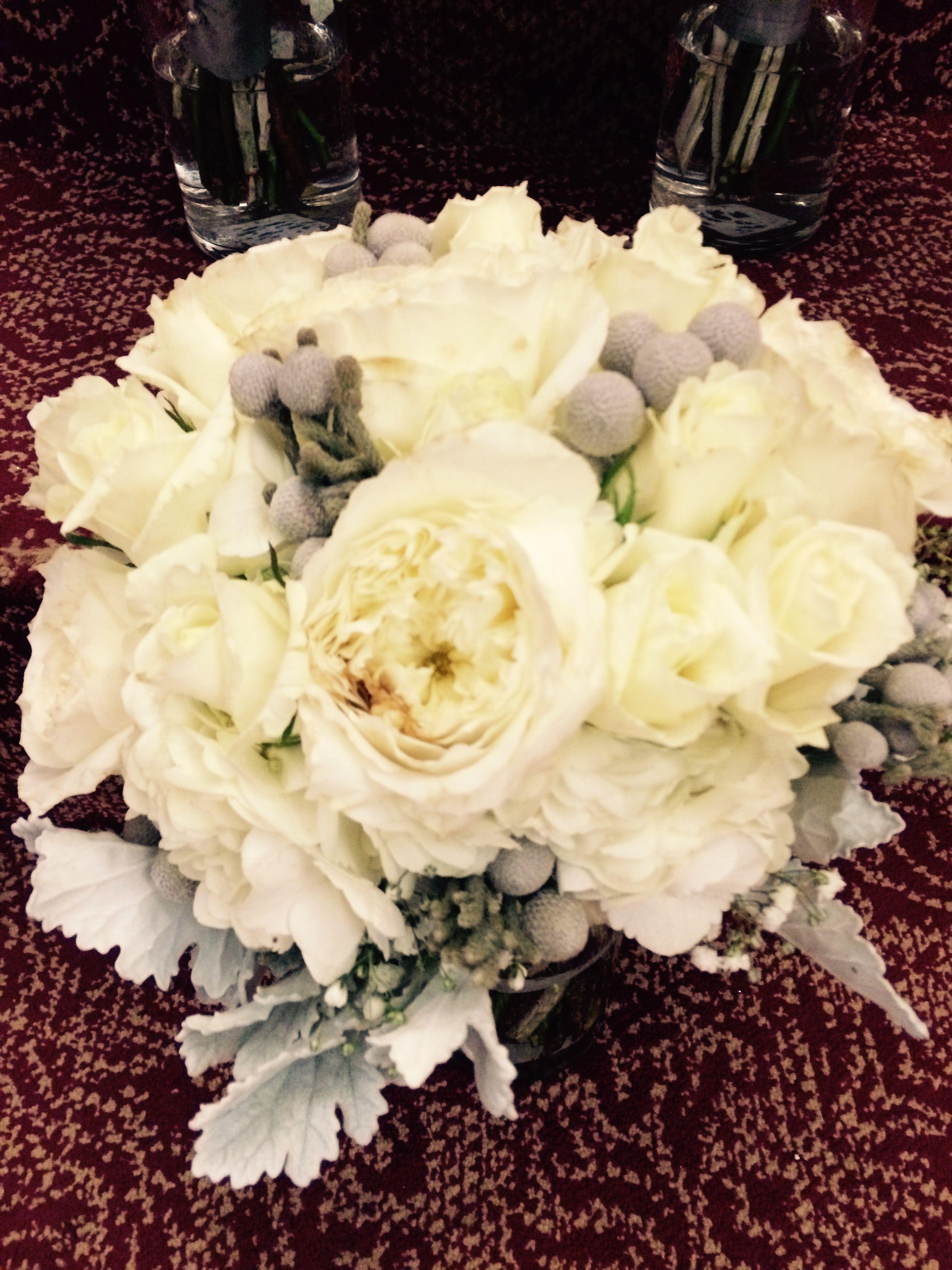 Brides bouquet 12-27
