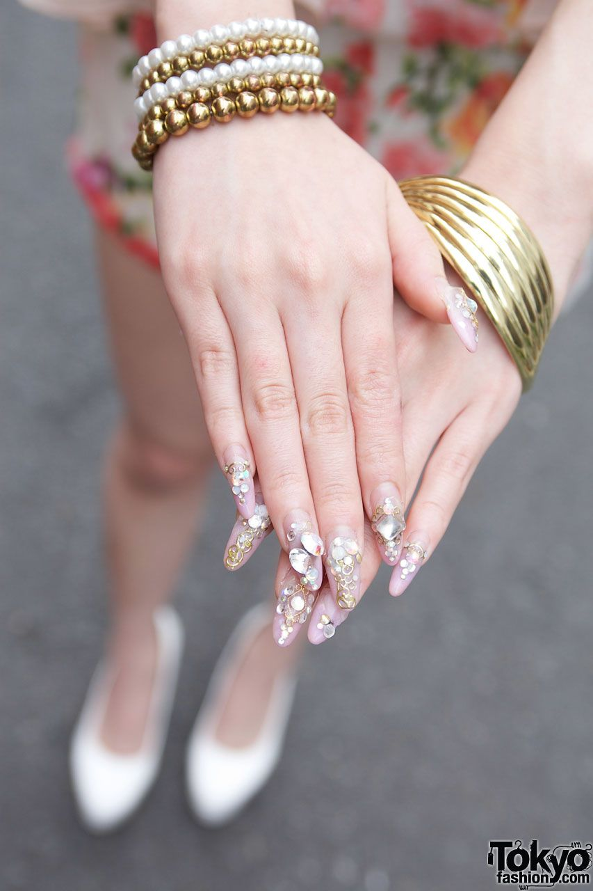 Jeweled Japanese Nail Art | Harajuku Love | Pinterest | Japanese ...