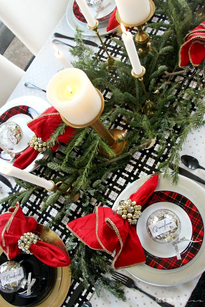 Festive and Beautiful Christmas Tablescapes: Ideas and Inspiration ...