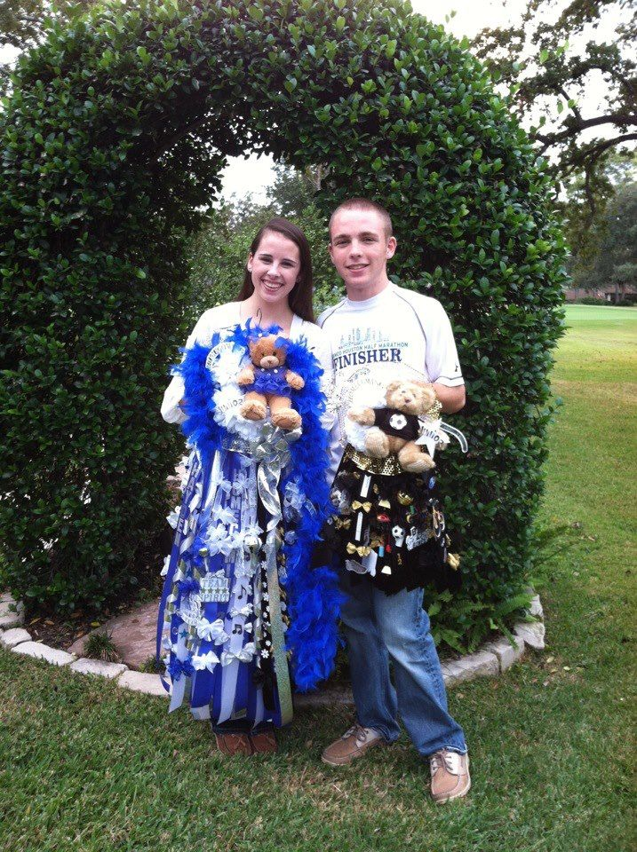 Homecoming Mums Houston Christian Ncs With Images Homecoming