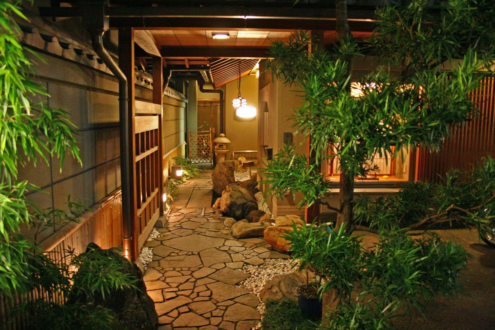 Hoshi Ryokan Is Considered The Oldest Hotel In The World. Located In The  Awazu Onsen