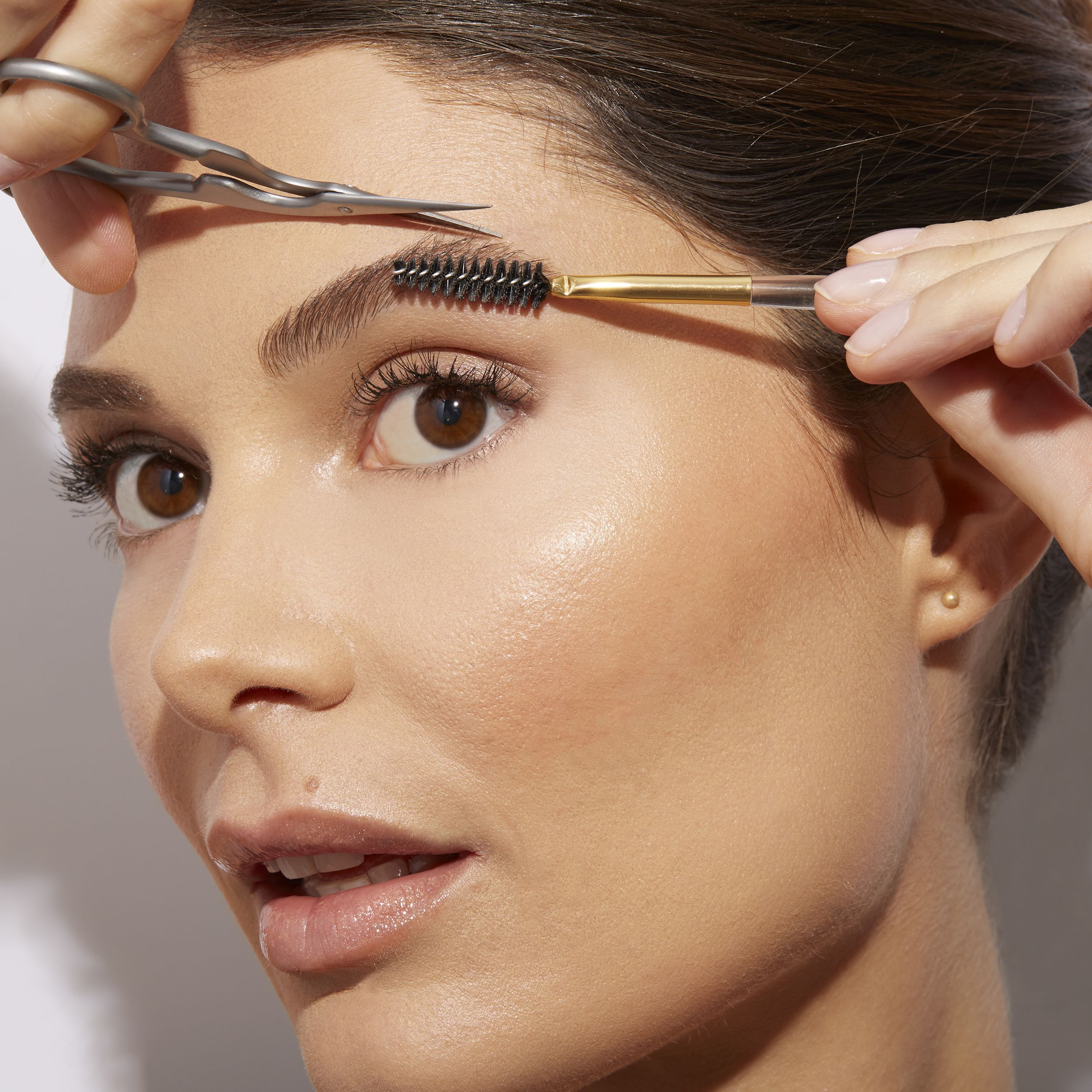 Brow Shaping Scissors & Brush in 2020 | Brow shaping, How ...