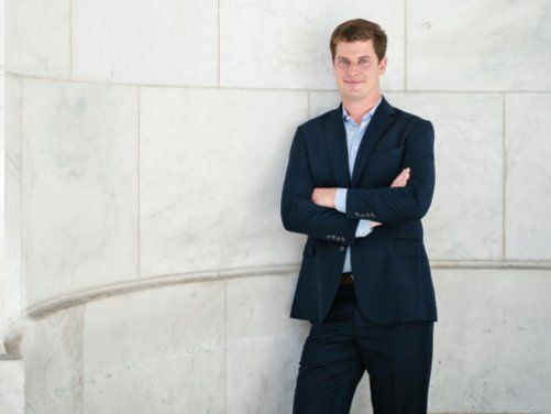 A 29-year old hedge fund manager reveals why he loves hiring liberal arts majors