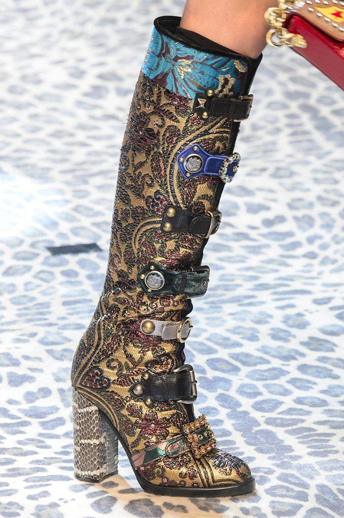 Lijadoras Etna Acostumbrarse a  calzado, tendencias calzado, tendencias calzado otoño invierno 2017 2018,  zapatos para mujer otoño invierno 2… | Zapatos de baile, Zapatos con  tacones altos, Calzas