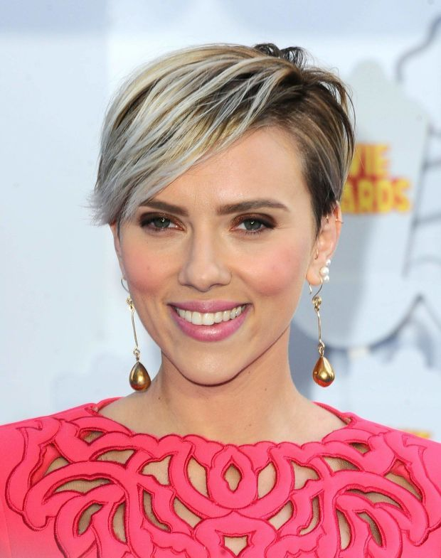 Scarlett Johansson Short Hair Oscars