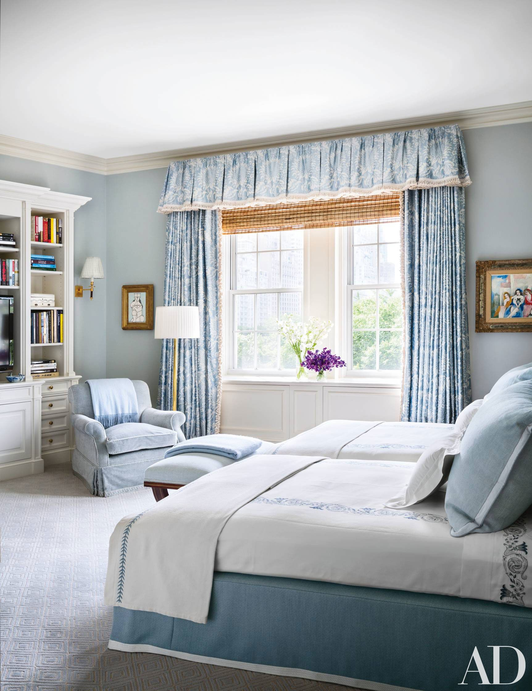 How To Decorate With Two Twin Beds Guest Room And Kids Bedroom Ideas Photos Architectural Digest