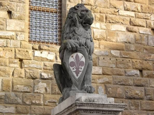 FIRENZE: IL RESTAURO DEL MARZOCCO SULL'ARENGARIO SARÀ VISIBILE A TUTTI