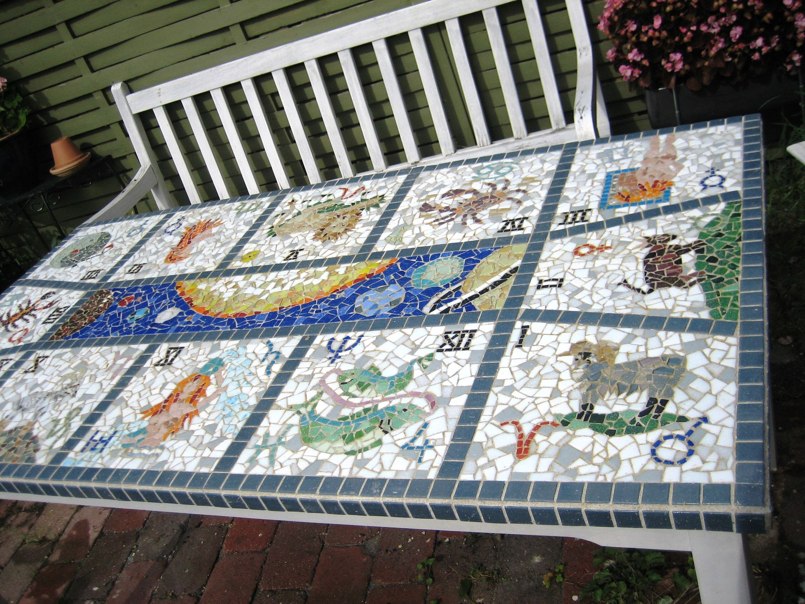 Mosaik havebord med stjernetegn Astrologi - Mosaic garden table with starsign zodiac Astrology ...