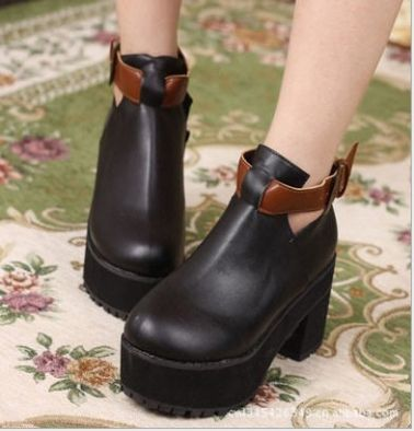 Korean Hot Sale Rough Heeled Women's Hasp Shot Boots on BuyTrends.com, only price $24.31