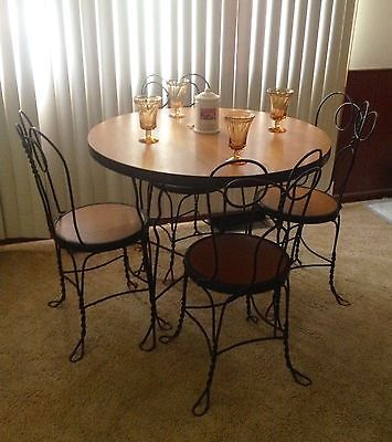 Sweetheart ice cream parlor soda shop twisted wrought iron set table & 4  chairs