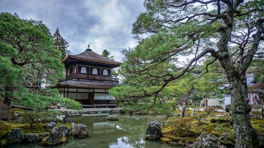 Ginkakuji(jishoji) temple, Kyoto. 銀閣寺(慈照寺)  #japan #japantrip #kyoto #ig_kyoto #kyotogram  #ginkakuji #ginkakujitemple  #garden #japanesegarden #ig_captured #worldplaces #temple #photography #architecture  #trip #art_of_japan_  #tokyocameraclub  #ig_captured  #visitjapanjp  #japantravelphoto  #loves_united_japan  #love_united_