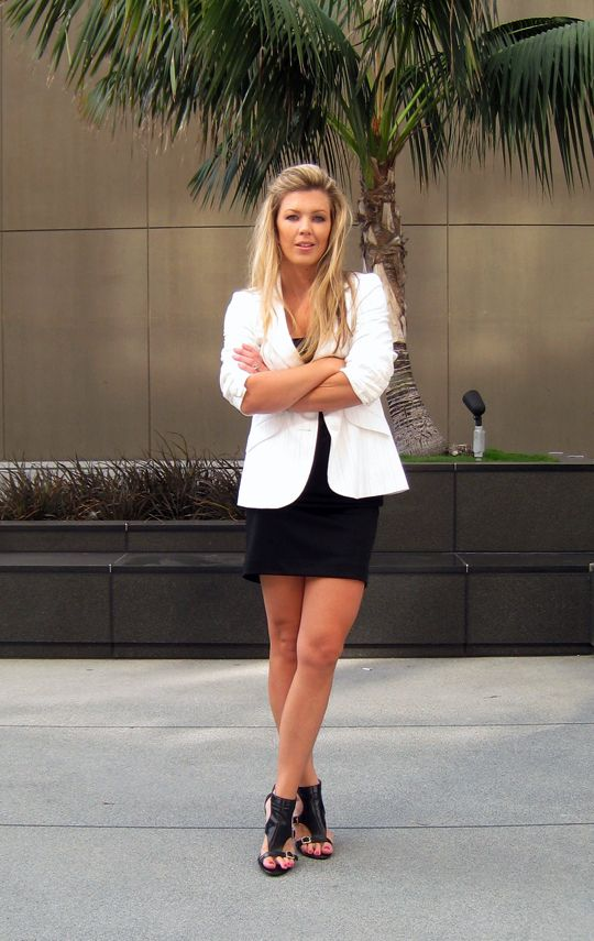 white blazer black pencil skirt | Styling | Pinterest | White ...