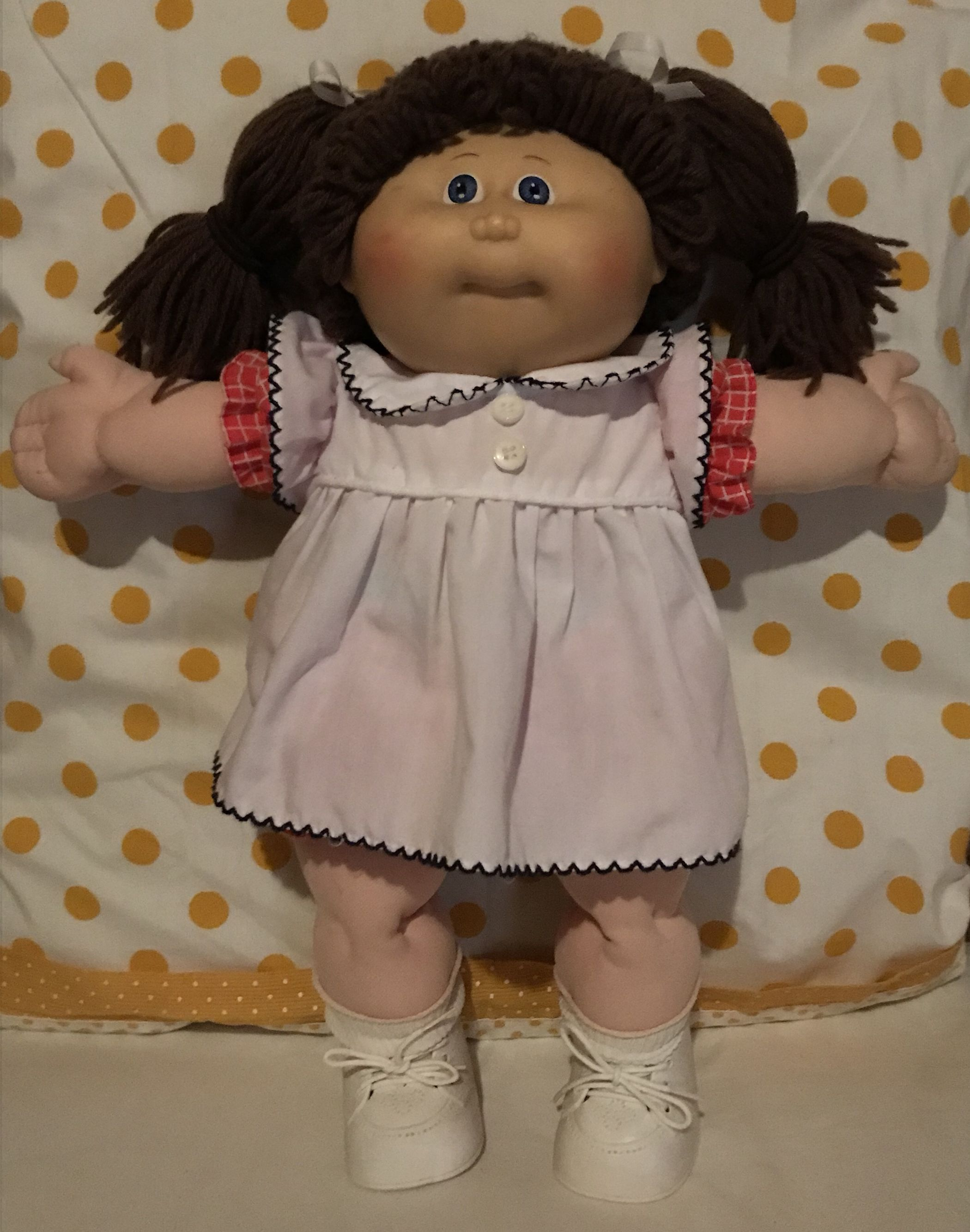 Vintage Cabbage Patch Kids Doll 1985 Hm 1 Ut Factory Brown Poodle Style Hair With Violet Eye Cabbage Patch Kids Dolls Cabbage Patch Kids Cabbage Patch Dolls