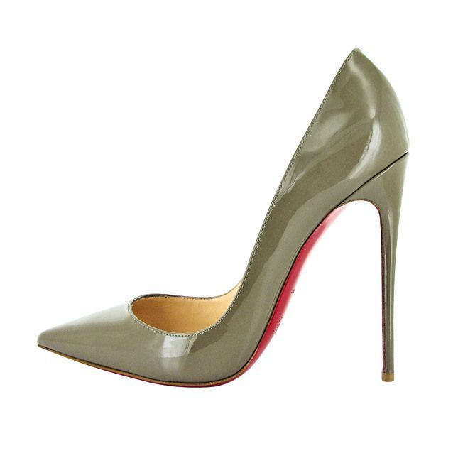 4a486d6f34d  3  benitathediva Christian Louboutin stiletto pumps with the red bottoms.