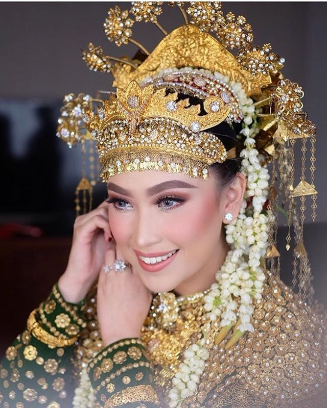 IG irwanriady makeup Fashion pictures, Fashion, Makeup