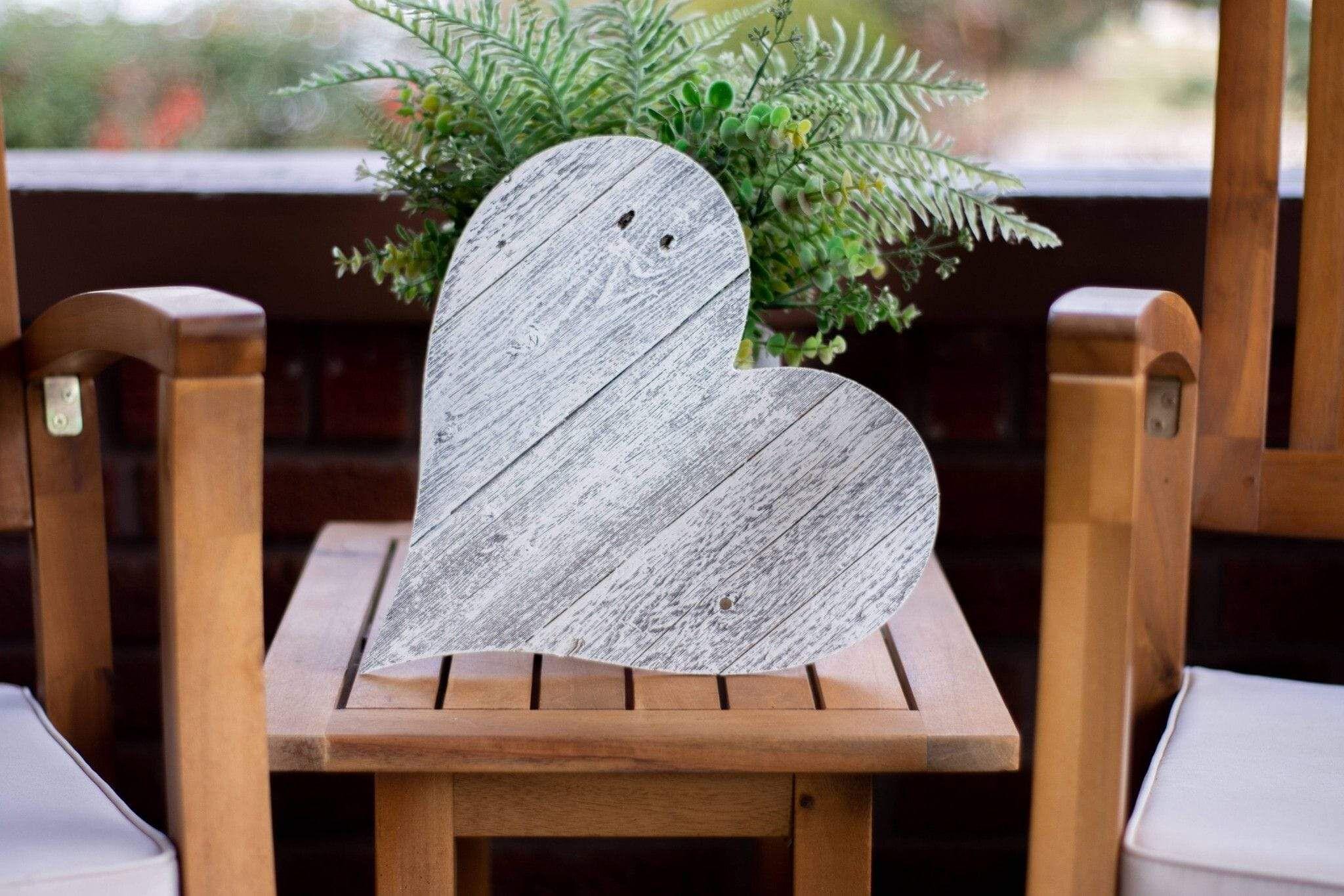 Photo of 12″ Farmhouse White Wash Wooden Heart