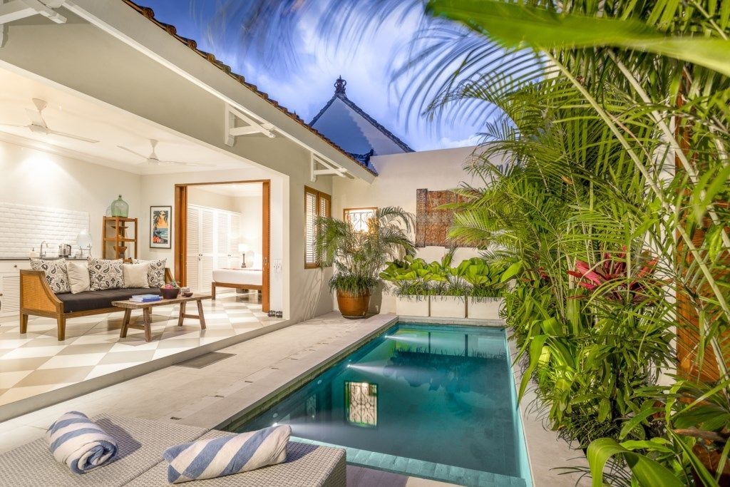 Beautiful 1 Bedroom Villa With Private Pool 149 Avg Night Seminyak Amenities Include Swimming Pool Bed Pool Houses Village House Design Small Villa