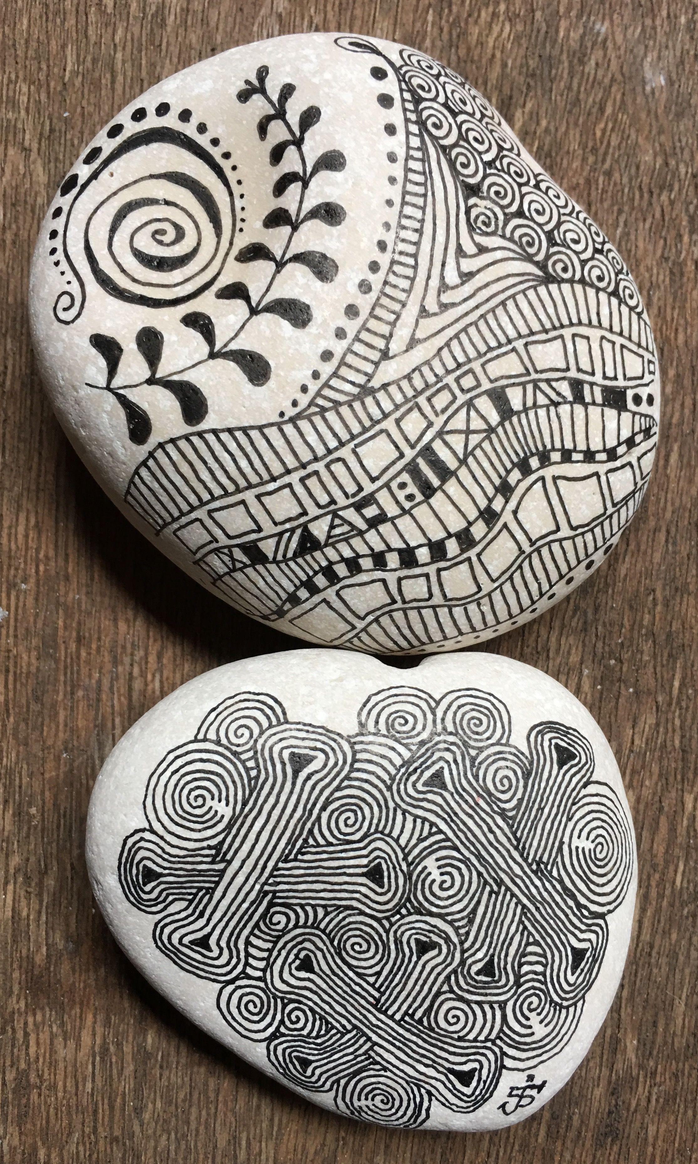 fb: RAZRocks. Zentangle. ZIA.   Stone mandalas   Pinterest   Piedras ...