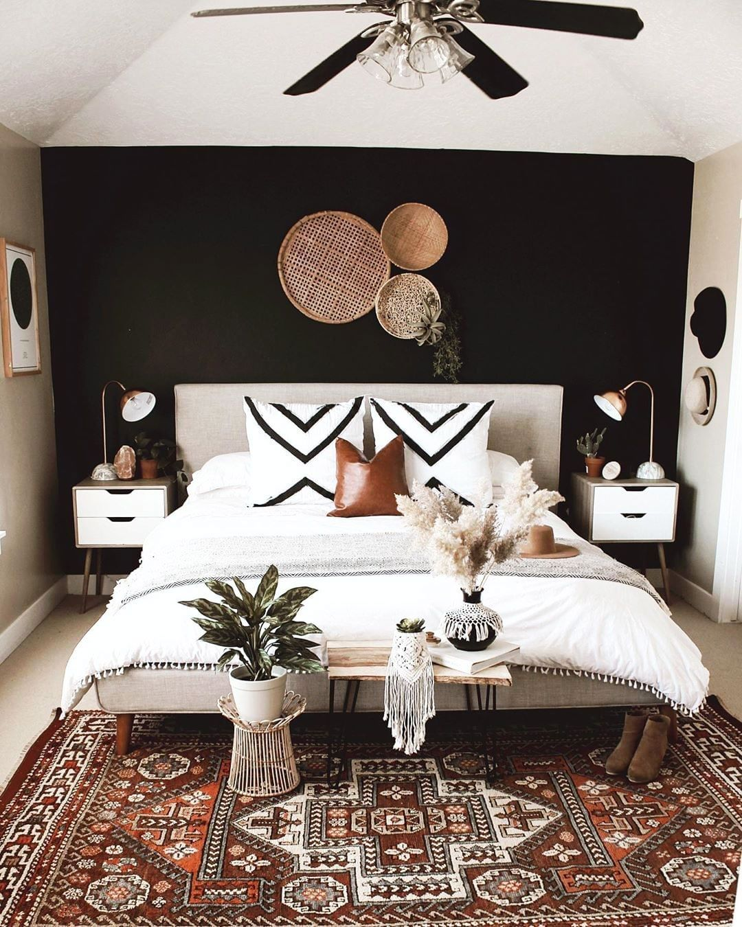 17 Best Home Decor Ideas For Living Room On A Budget Home Decor Bedroom Bedroom Interior Black Walls Bedroom