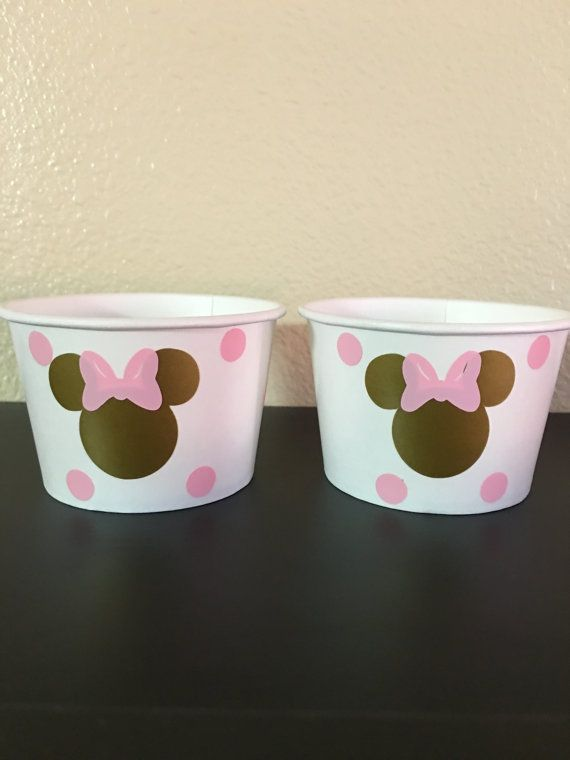 Minnie Mouse pink and gold party snack cups by DivineGlitters