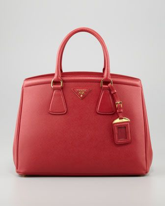 Here Is The List Of Top 10 Designer Handbags Best Are Must For Any Occasion And Outing So Checkout These Cool That You Can At