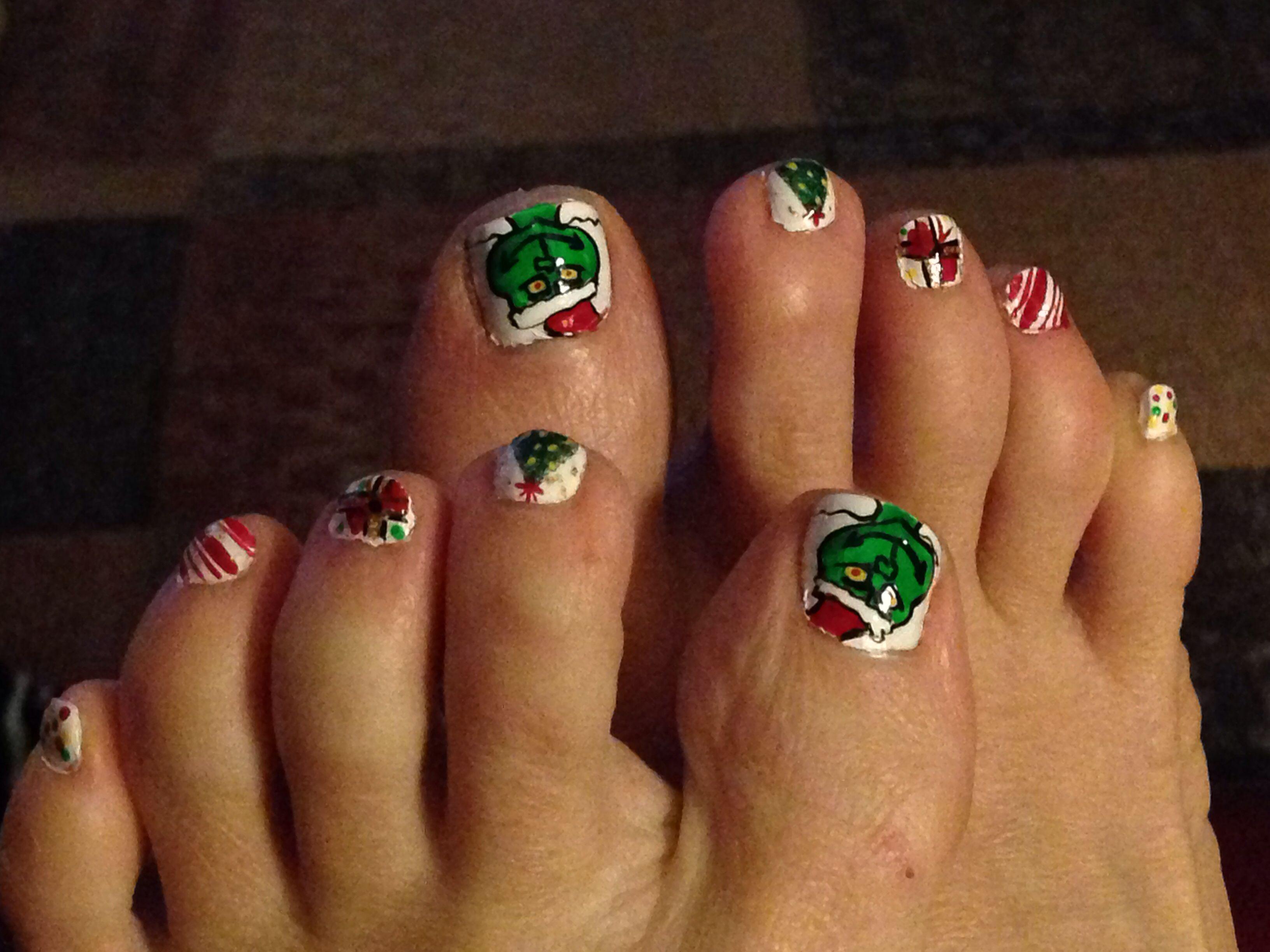 Grinch nail art | Nail Art | Pinterest | Grinch and Beauty nails