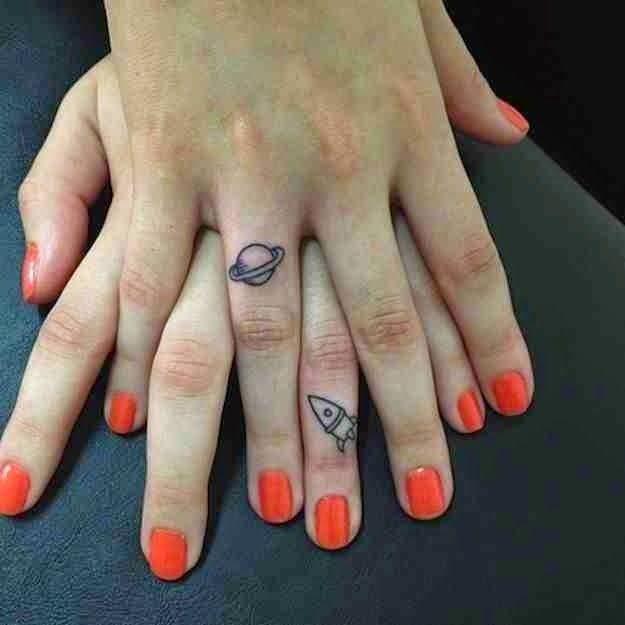 Fantastic Finger Tattoo Designs Fashionistas img6ef2ff7183ff1e14b