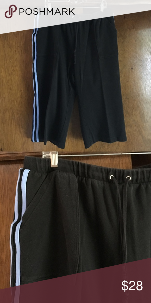 Venezia petal pusher length athletic pant. Venezia Cotton knit petal pusher Lane athletic pants. Two pocket front with elastic and drawstring and waste. Like new condition Venezia Pants