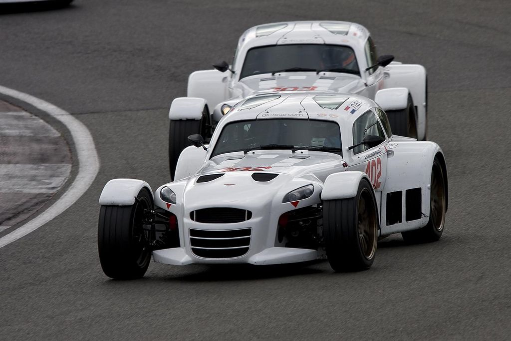 https://flic.kr/p/6ktBFU | Donkervoort D8GT - Stephane Wintenberger | A pair of Supersport class Donkervoorts at Luffield - FIA GT4 European Cup, Silverstone, 3rd May 2009