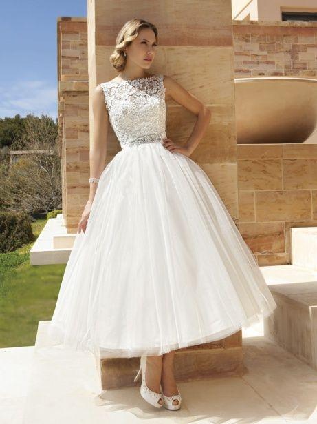 Brautkleid Wunsch Brautkleid Weiß ab Größe 36 bis 44 für 229€   auf Wunsch-Brautkleid.de