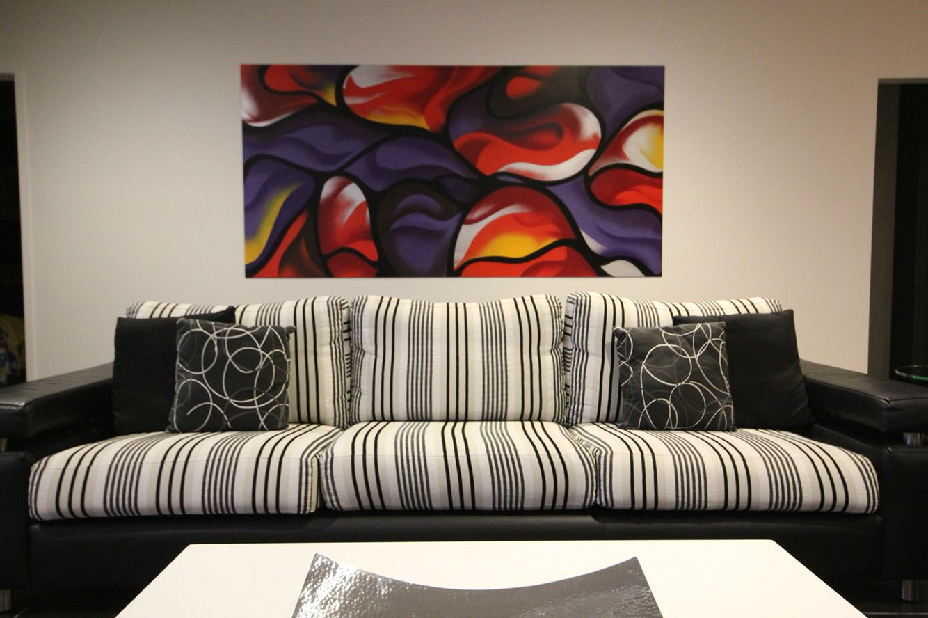 Large contemporary piece.  Cowes Victoria residential. 2440mm x 1220mm panel by KIL Productions. September 2015.