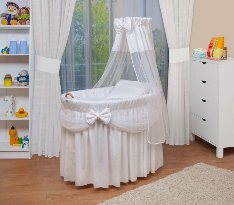 Cunas Para Bebes 75 Opciones Para El Recien Nacido Moises Para Bebes Lenceria De Bebe Cunas Para Bebes
