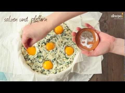 Ostern backen: Torta Pasqualina darf auf keinem Ostertisch in Italien fehlen. Diese leckere Spinat-Ricotta-Torte wird mit Filoteig gebacken. Das Rezept gibts auf Allrecipes Deutschland: http://de.allrecipes.com/rezept/14316/torta-pasqualina--italienische-spinattorte-f-r-ostern-.aspx