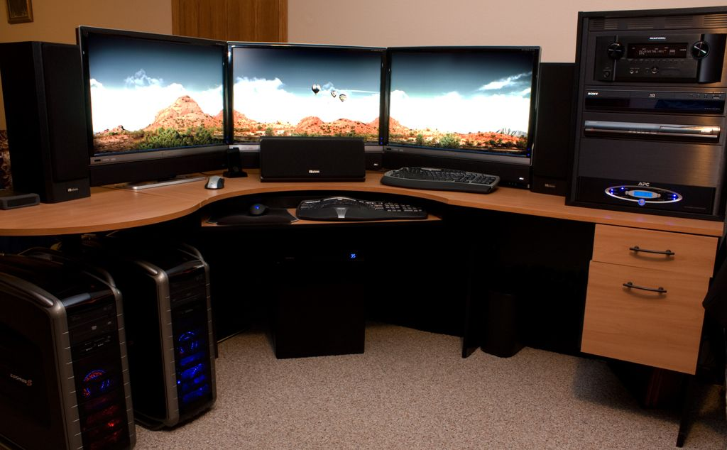 stunning eyefinity setup with three 30 inch monitors at 7680 1600 technology pinterest pc. Black Bedroom Furniture Sets. Home Design Ideas