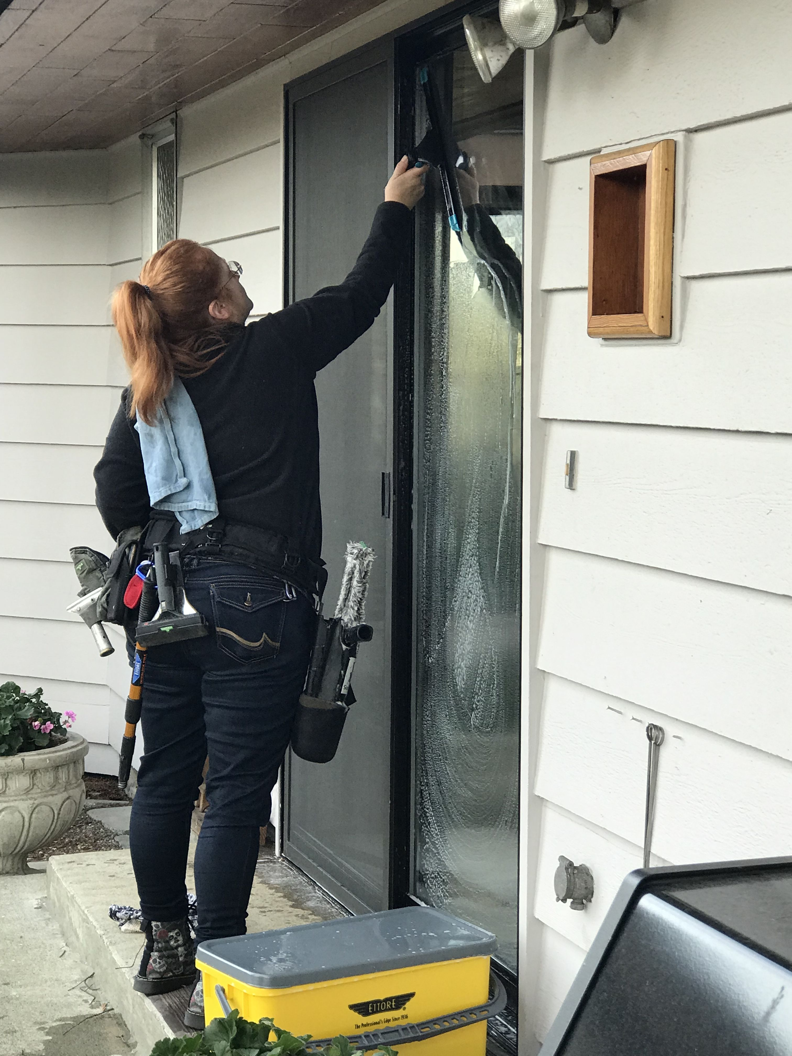 Pin By Bubble Truck Window Cleaning On Window Cleaning Window Cleaner Home Appliances Vacuum Cleaner