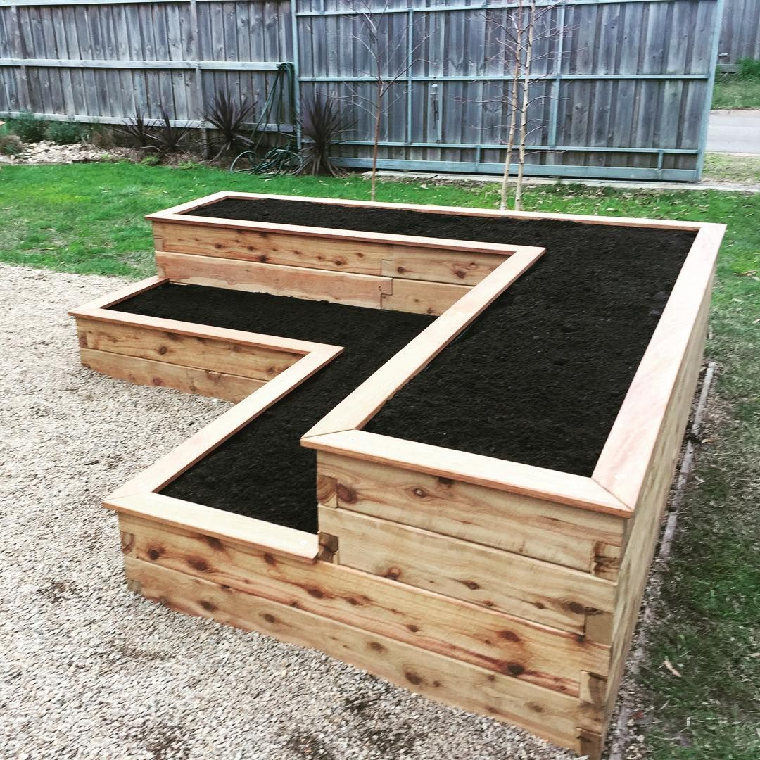 Want To Learn How To Build A Raised Bed In Your Garden Here S A