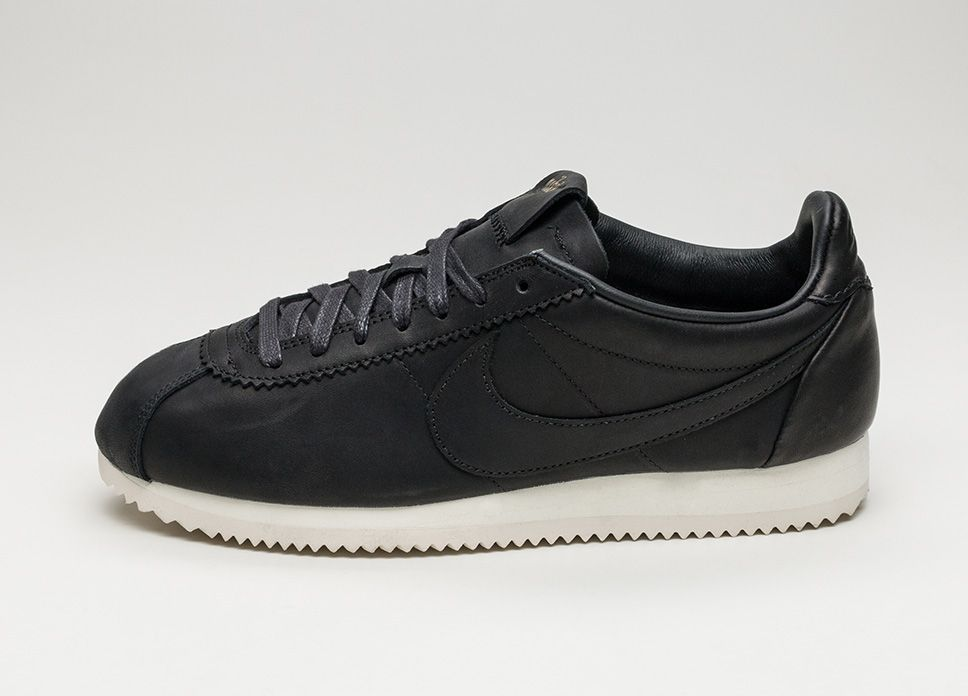 Nike Classic Cortez Premium QS TZ – Black / Black – Sail US 10   EU 44    Hypesrus - Shop