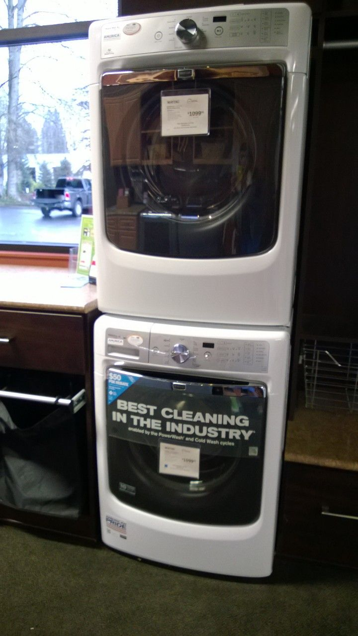 Maytag Maxima Xl Stackable Washer Dryer The Door Can Be Ordered Left Or Right Hinged Good To Know If You Are Stacking Them So Both Have Hinges On