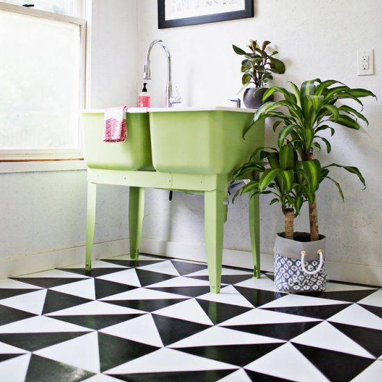Learn How To Make Your Own Patterned Linoleum Tile Floor!