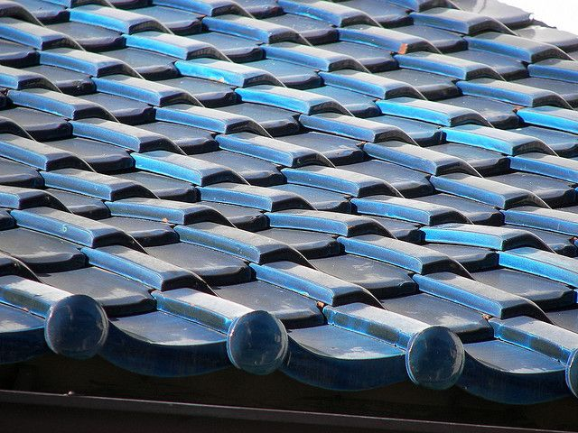 Japanese tile roof | Japanese tile, Roof, Roof detail