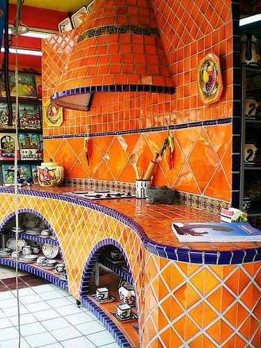 Sieht super aus k che mit fliesen in orange und lila for Restaurante azulejos