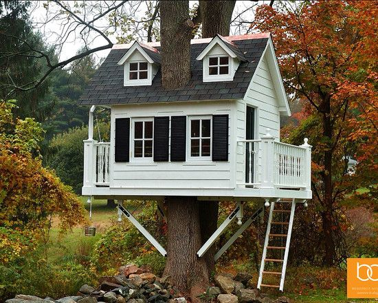 Pretty Little Tykes Outdoor Playset For Kids Awesome Tree House With White Wall Painting