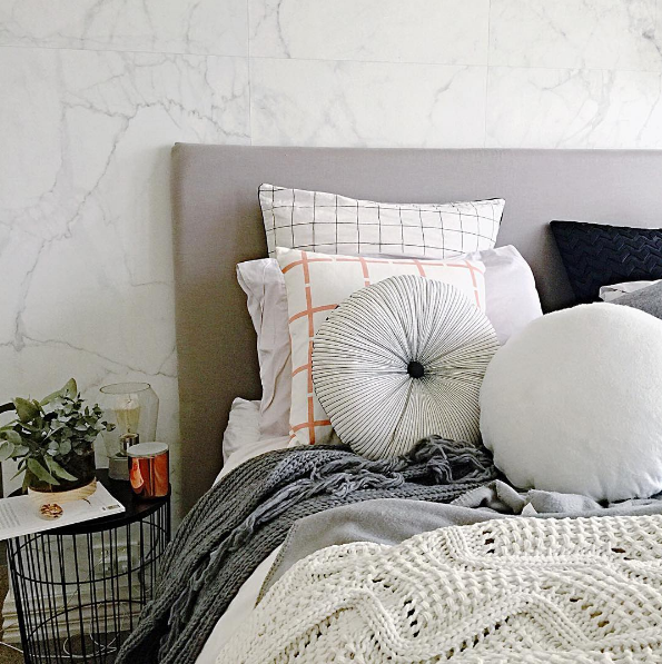 Best The Stylist Splash Used Our Marble Wallpaper In Her 400 x 300