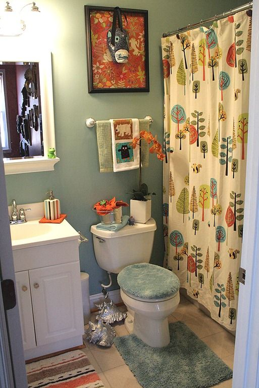 How To Go From Guest Bathroom Decor To Kids Decor And Back Again In Only 10