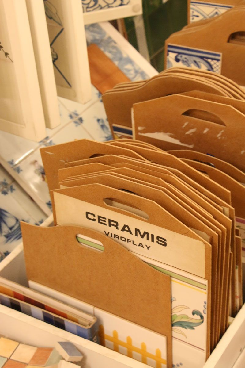 Magasin ceramis rue anatole france viroflay azulejos for Carrelage ciment guell 1