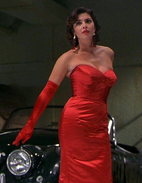 Francesca Rettondini in film ''Ghost Ship''   Red formal dress, Formal  dresses, Bodycon dress