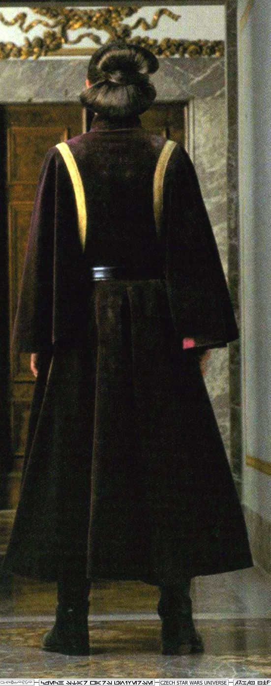 Padme - Naboo - Star Wars Episode I-back of battle outfit!!