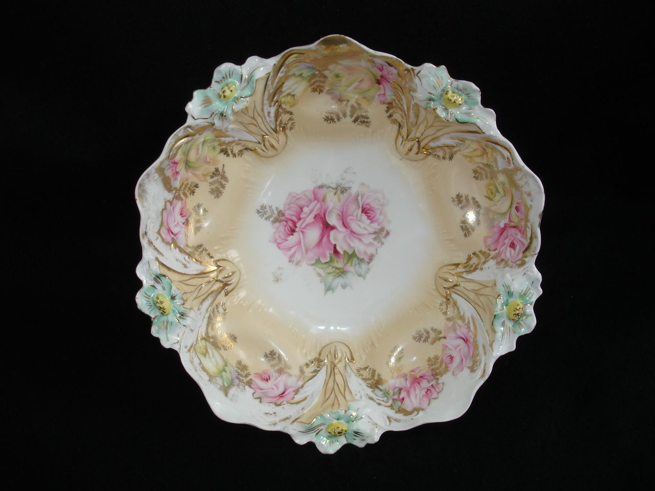 RS Prussia China 10 5in Serving Bowl Lily Mold 29 Pink Yellow Roses Buff Gold