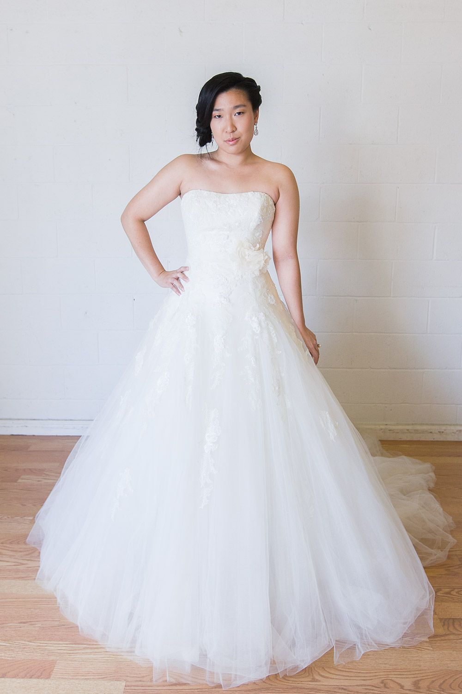 Ovias Barocco Size 8 Wedding Dress From Borrowing Magnolia Other Dresses I Like Dennis Bo 6 Priscilla Of Boston Morgan