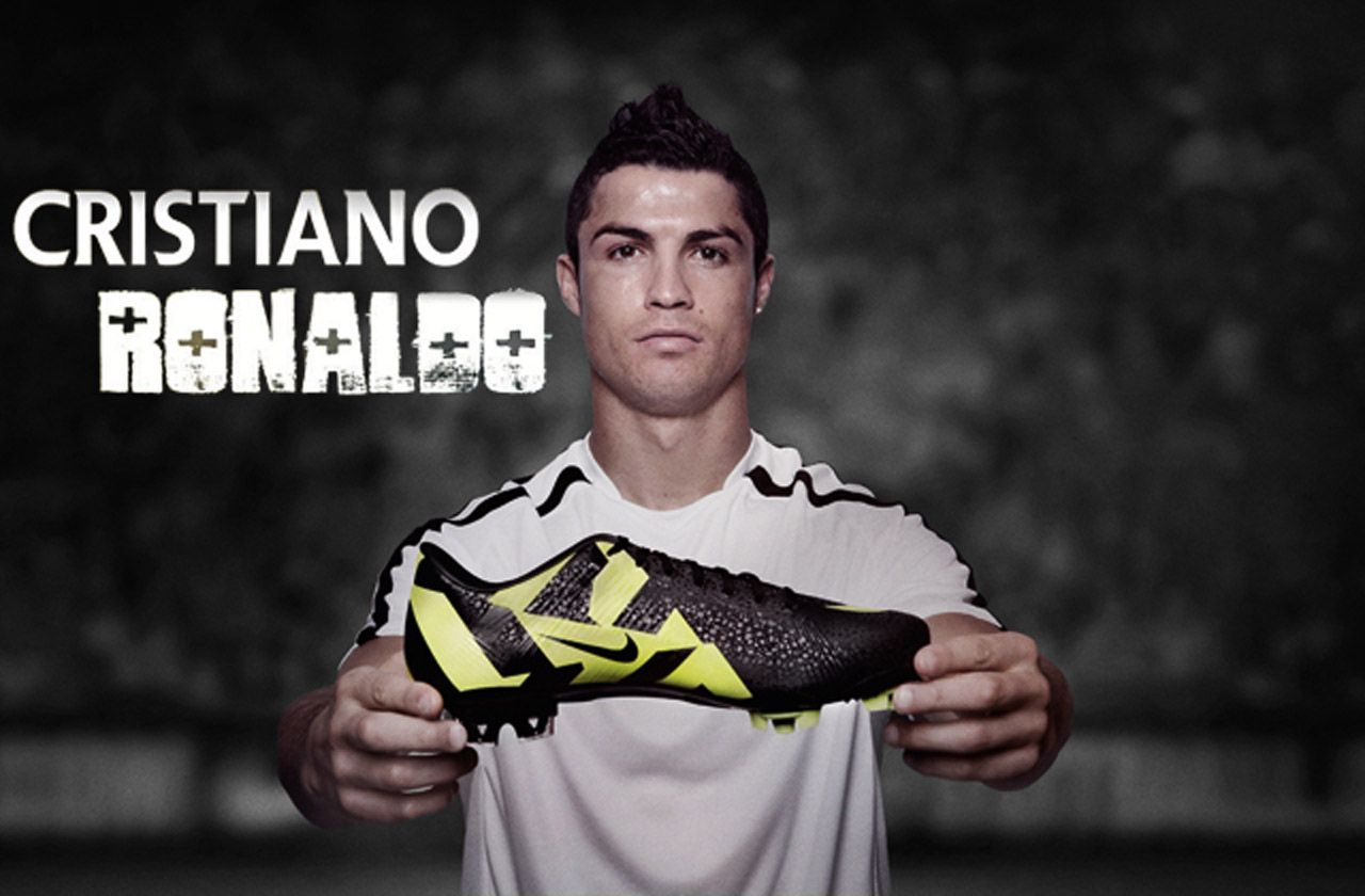 Cristiano Ronaldo Footbal Shoes WallPaper HD - http://imashon.com/w